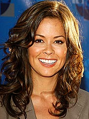 Pregnant Brooke Burke Offers Her Fitness Secrets