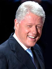 SNL Offers Hosting Gig to Bill Clinton