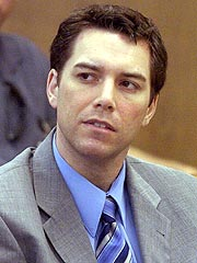 Scott Peterson Wipes Away Tears in Court