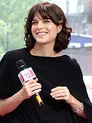 Selma Blair Returns to the Singles Scene