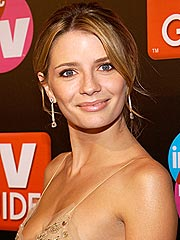 Report: Mischa Barton Briefly Hospitalized