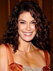 Teri Hatcher's Hair-Raising Ad Campaign