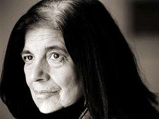 Critic-Author Susan Sontag Dies of Cancer