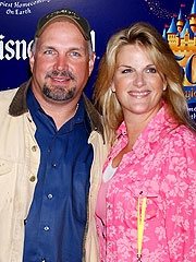 Garth Brooks & Trisha Yearwood Wed