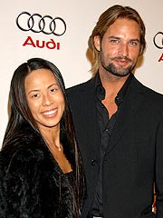 Lost's Josh Holloway to Be a Dad