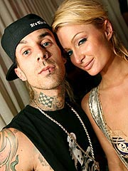 Paris Hilton, Travis Barker: Makeout Party!