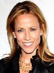 Sheryl Crow Has Cancer Surgery