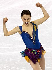 Sasha Cohen Dazzles in Short Program