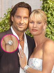 Nicollette Sheridan's Ex Puts Ring on eBay