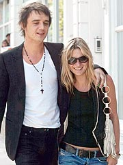 Kate Moss & Pete Doherty to Wed – If He's Drug Free