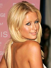 Web Site Exposes Paris Hilton's Personal Belongings