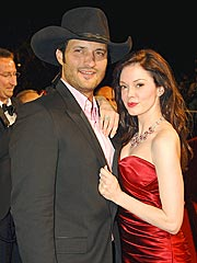 Rose McGowan Engaged to Director Robert Rodriguez