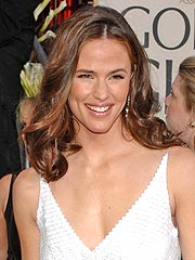Jennifer Garner On Ben Affleck, Baby Weight and Being a Mom