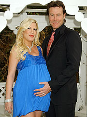 Tori Spelling and Dean McDermott Welcome a Boy
