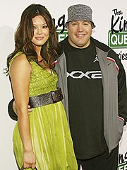 Kevin james welcomes a baby daughter birth kevin james for How many kids does kevin james have