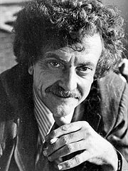 Author Kurt Vonnegut Dies at Age 84