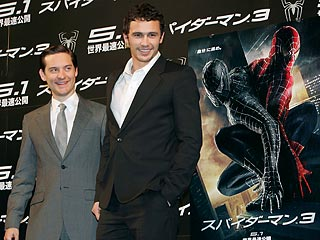 Spider-Man Costar Calls Tobey &#39;An Excellent Dad&#39;