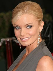 Jaime Pressly to Guest Star on Rules of Engagement