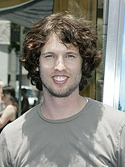 New Dad Jon Heder Says Diaper Duty Is Fun