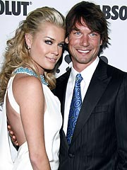 Jerry O&#39;Connell, Rebecca Romijn Get Nursery Ready
