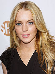Lindsay Lohan Urges Fans to Vote