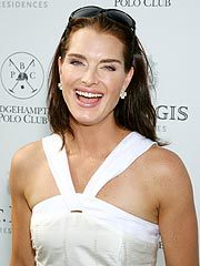Brooke Shields Drives Into Her Own House