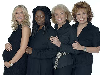 FIRST LOOK: Whoopi's New View Cast Photo