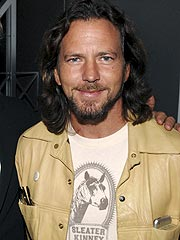 Eddie Vedder: Fatherhood &#39;Fueled My Anger&#39; About World