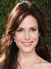 Mary-Louise Parker Breaks Toe During Love Scene