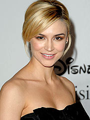 Samaire Armstrong Enters Outpatient Facility for 'Personal Issues'