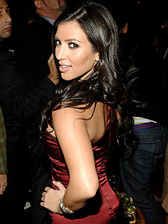 Kim Kardashian Eyes Twilight, 007 Roles
