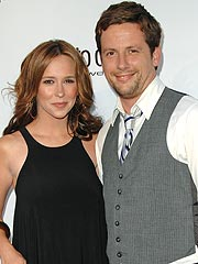 Jennifer Love Hewitt's Summer Recipe: Chill for Wedding