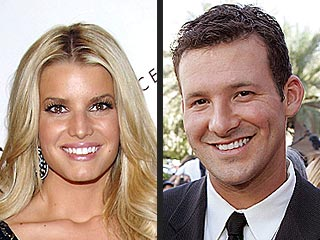 Jessica Simpson and Tony Romo's Late-Night PDA