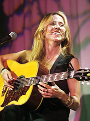 Inside Sheryl Crow's 'Stop Global Warming' Tour