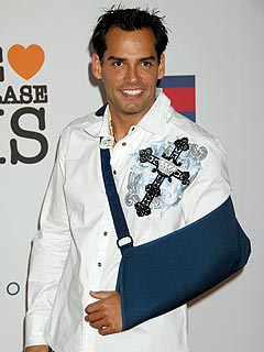 Cristian de la Fuente's Torn Tendon Surgery a Success