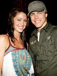Shannon Elizabeth Is NOT Engaged to Derek Hough