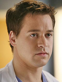 T.R. Knight Says Leaving Grey's Was a ToughDecision