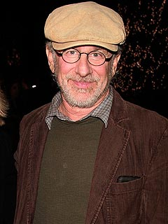 Steven Spielberg to be Honored at Golden Globes – Next Year