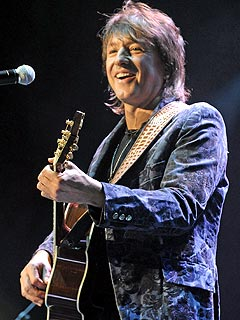 Richie Sambora Thanks Fans & Friends for Support