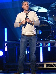 Country Star Josh Turner on Medical Rest