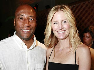 Talk Show Host Byron Allen & Wife Expecting a Girl