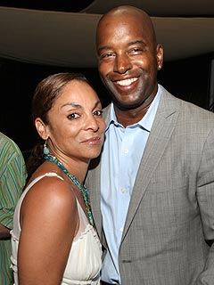 A Different World's Jasmine Guy Files for Divorce