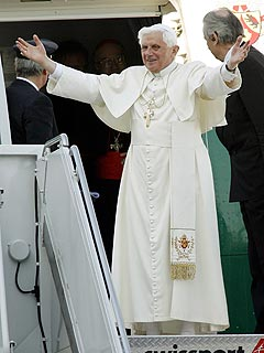 Pope Benedict XVI to U.N.: Protect Human Rights
