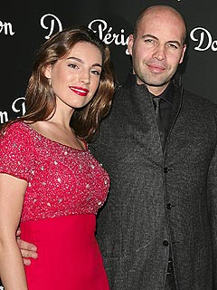 Titanic's Billy Zane Splits From Fiancée