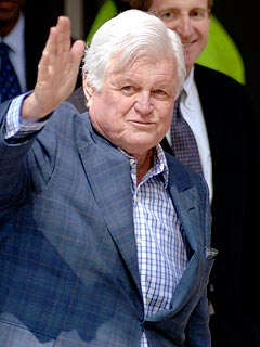 Ted Kennedy Undergoing Surgery on Brain Tumor