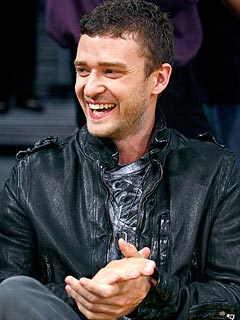 Justin Timberlake Leads All-Star Lakers Fans