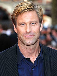 Aaron Eckhart Would Relocate for the Right Partner