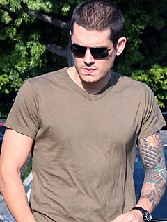 John Mayer Calls on City Hall to 'Regulate' Paparazzi