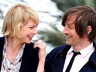 Michelle Williams and Spike Jonze: PDA Alert!