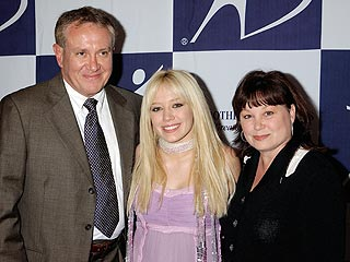 Hilary Duff parents